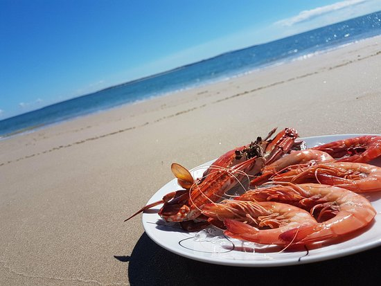 Amity, Australia: Nothing like a good feast by the water.