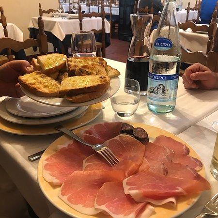 Roccafluvione, إيطاليا: photo0.jpg