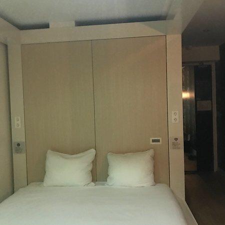 Qbic Hotel Amsterdam WTC: photo1.jpg