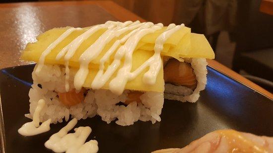Zen'O: Gradita sorpresa nei Gamberi Teriyaki con l'aggiunta del SURIMI grigliato! NIGIRI FLAMBÈ da ripr
