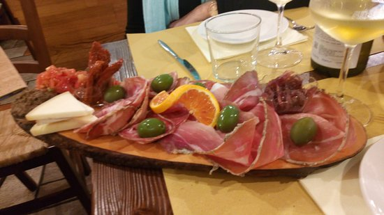 Osteria La Mossa: charcuterie toscane