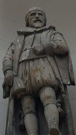 George Hutcheson Statue