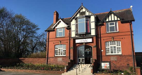 ‪Ormskirk Civic Hall‬