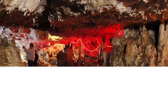 Guzeripl, Rosja: Лагонаки – пещера Нежная