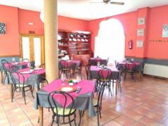 Penarroya de Tastavins, Hiszpania: Vista del comedor