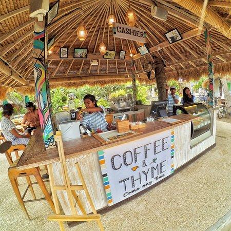 Coffee & Thyme Gili Air: Coffee bar..