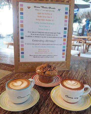 Coffee & Thyme Gili Air: Coffee & Cake..