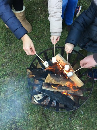 Gargellen, Austria: Camp fire fun!