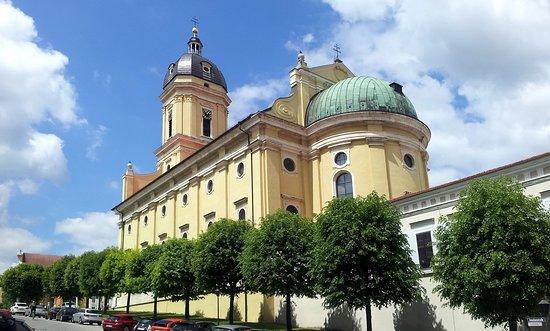 """Hofkirche """"Zu Unserer Lieben Frau"""""""