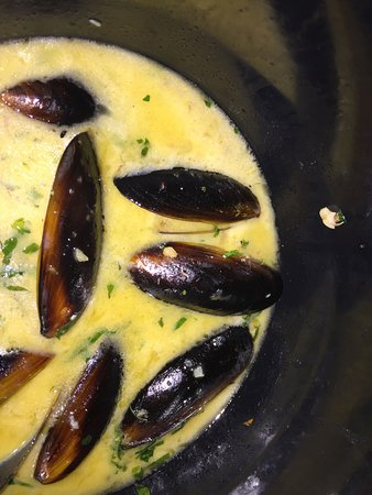 Le Roy, NY: LB Grand mussels