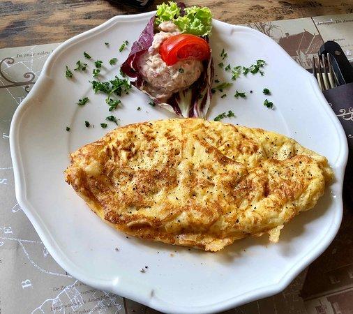 Son en Breugel, The Netherlands: Omelet met kaas