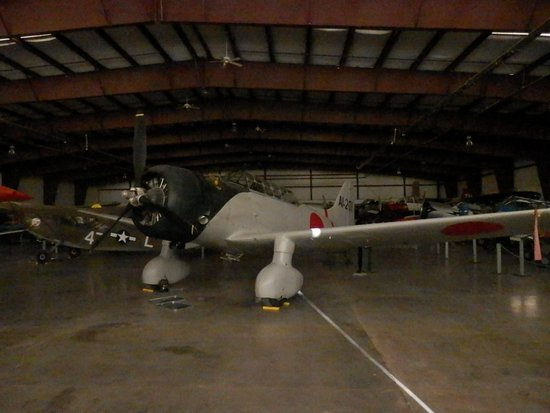 Williams, AZ: Aichi D3 Val, seen in the kino in Torax3 I say more??). The first I ever saw in a warplane museu