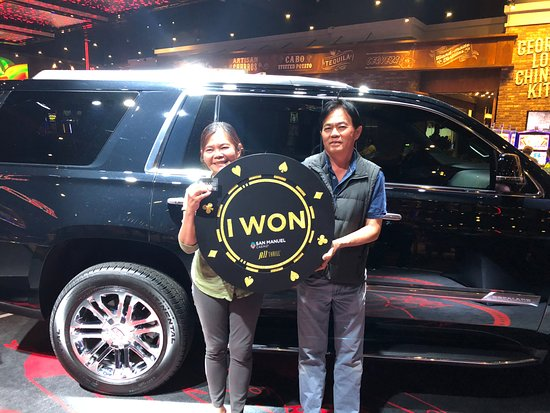San Manuel Casino : Club Serrano member Patcharee won a 2018 Cadillac Escalade on May 10.