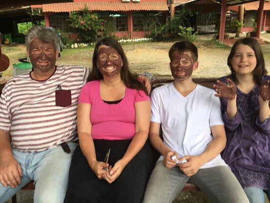 Ahuano, เอกวาดอร์: Chocolate experience