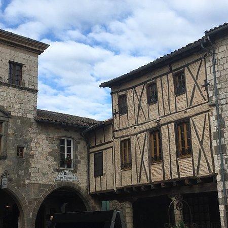 Castelnau-de-Montmiral, ฝรั่งเศส: photo1.jpg