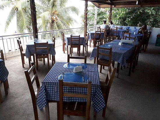 Hera Greek Taverna: Upstairs dining