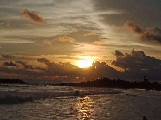 Lighthouse Beach: IMG20180511182236_large.jpg