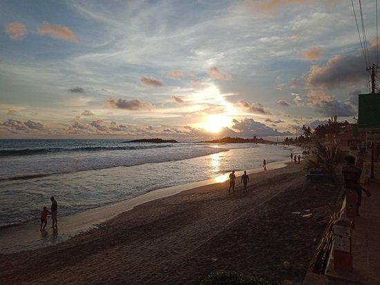 Lighthouse Beach: IMG20180511182230_large.jpg