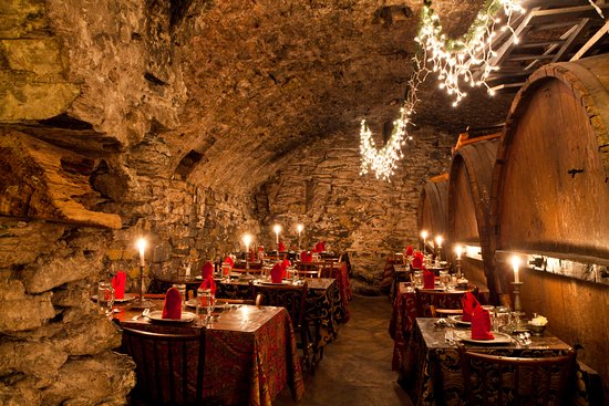 Mount Joy, Pensilvania: The Catacombs Restaurant at Bube's Brewery