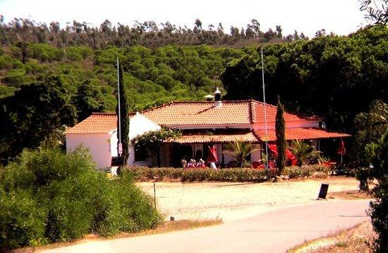 Bensafrim, Portugal: Bel endroit et un bon rapport qualité prix