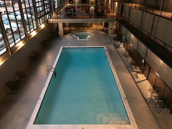 Lake Norfork Resort: Atrium with Pool, Hotub, & Sauna