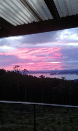 Woodbridge, Australia: Evening view from the deck