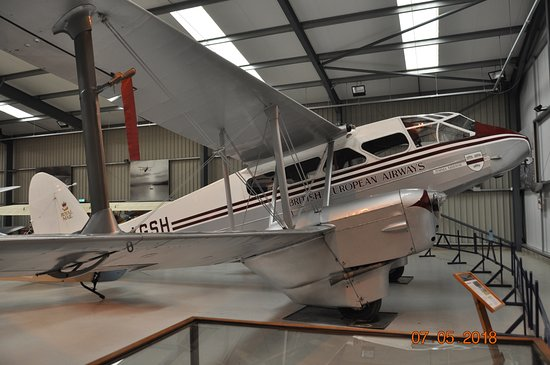 The Shuttleworth Collection: Another plane in another hanger