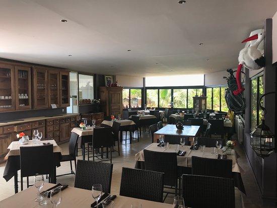 Residence Habiba: Le restaurant de la résidence, vraiment top, on y mange super bien.