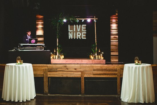 Atenas, GA: Local DJs set the mood for amazing receptions and parties