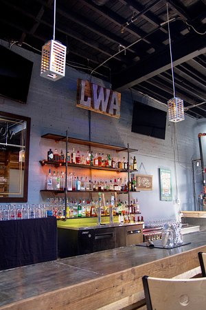 Live Wire Athens: Enjoy casual conversation over a custom cocktail or local craft beer.