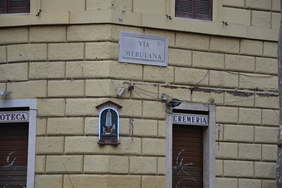 Via Merulana