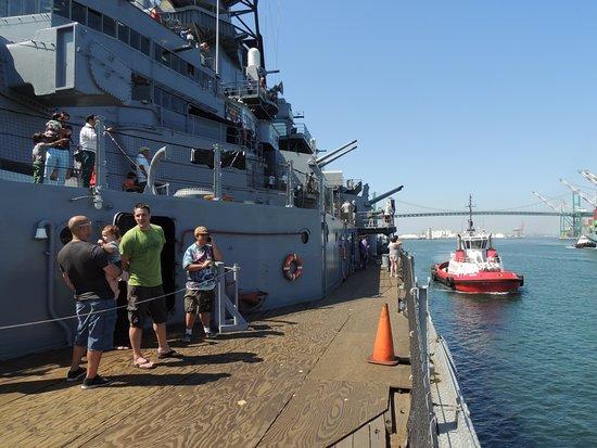 美国海军爱荷华号纪念舰