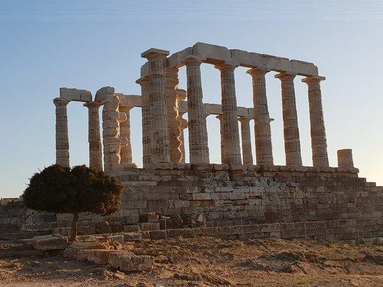 Περιήγηση στην Αθήνα με ταξί: Le Temple de Poséidon