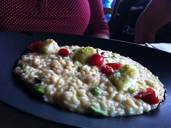 Cressogno, Италия: Risotto fave e cappesante