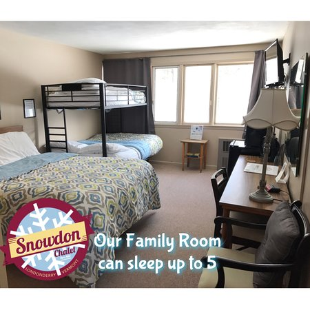 Londonderry, VT: Family Room with 1 Queen bed, 1 Full Size bed and 1 Twin size over the full. (Can sleep up to 5