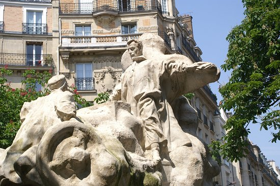 La statue de Léon Serpollet