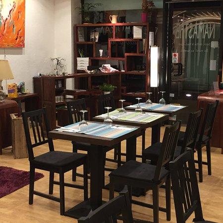 restaurant namasthe dans montauban avec cuisine v g tarien. Black Bedroom Furniture Sets. Home Design Ideas