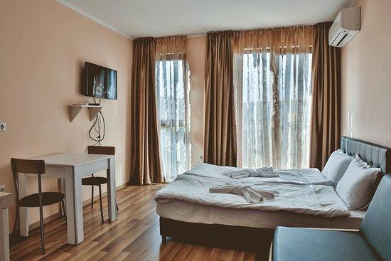 Shkorpilovtsi, Βουλγαρία: Al Rial Beach_apartment_inside
