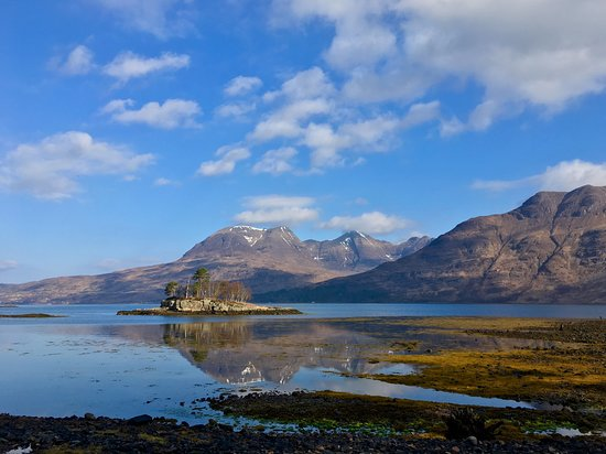 Torridon, UK: the walk just beyond the kitchen garden