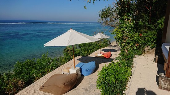 Samabe Bali Pool & Beach Club