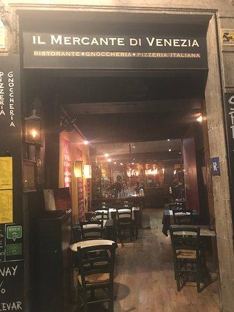 Il Mercante Di Venezia: Entrada