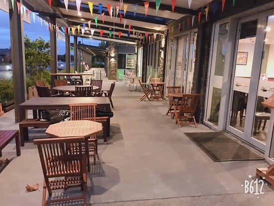 Chim Thai: The Terrace
