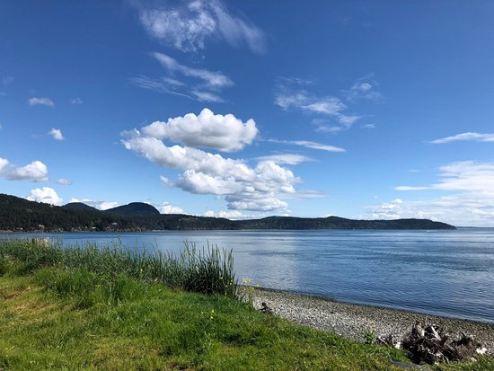 Anacortes, Etat de Washington : Looking to the southeast from Tugboat Beach.