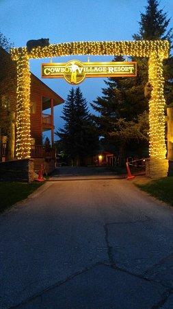 Cowboy Village Resort: 0509182053_HDR_large.jpg