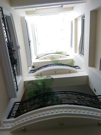 Eugenia Hotel: IMG_20180505_102040_large.jpg