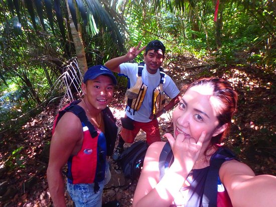 Iriomote-jima, Japan: 西表の大自然100%のジャングルトレッキング♪