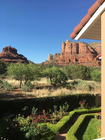 Canyon Villa Bed and Breakfast Inn of Sedona: View from our balcony