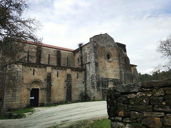 ซิลเลดา, สเปน: O Monasterio de Carboeiro
