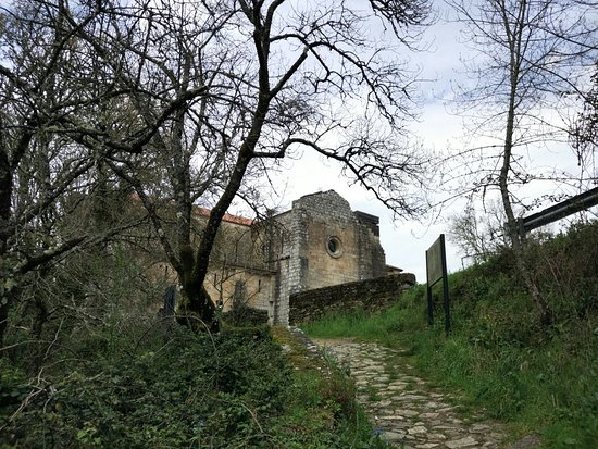 Silleda, Spain: O Monasterio de Carboeiro