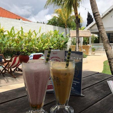 Panama Kitchen And Pool Bali Review